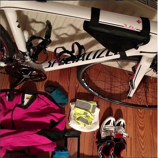 Rennradfahren bei verschiedenen Wetterbedingungen - Packliste