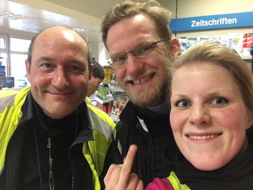Tankstellenstop beim 200km Brevet in Kiel